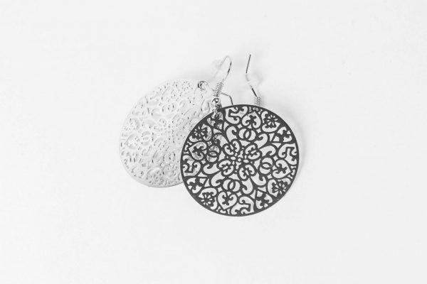 BOHO – Ohrringe Ornament Silberfarben Alles Interior Boho Scandi Look anitimadeforyou Concept Store Langenfeld Trockenblumen, Trockenblumen Kränze, Workshops, Schmuck