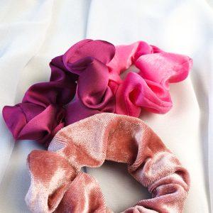 Rosalie Pink Scrunchie SET 3tlg. Haargummi Set, Zopfgummis Alles Interior Boho Scandi Look anitimadeforyou Concept Store Langenfeld Trockenblumen, Trockenblumen Kränze, Workshops, Schmuck