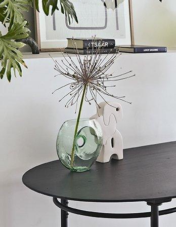 Vase Circle Glas HKLIVING Alles Interior Boho Scandi Look anitimadeforyou Concept Store Langenfeld Trockenblumen, Trockenblumen Kränze, Workshops, Schmuck