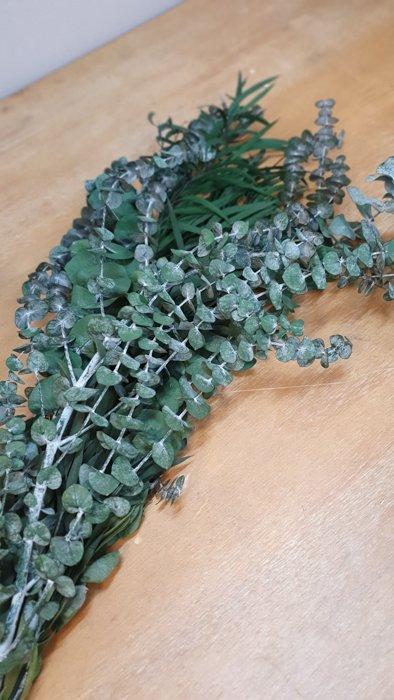 getrockneter Eukalyptus Mixed Strauss Alles Interior Boho Scandi Look anitimadeforyou Concept Store Langenfeld Trockenblumen, Trockenblumen Kränze, Workshops, Schmuck
