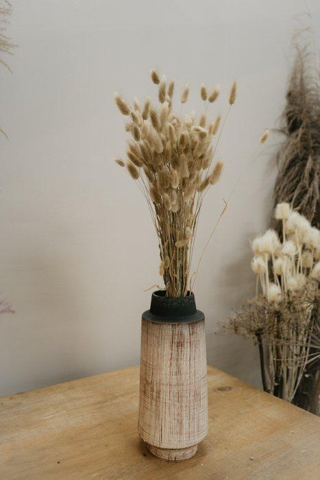 Vase Keramik HKLIVING Alles Interior Boho Scandi Look anitimadeforyou Concept Store Langenfeld Trockenblumen, Trockenblumen Kränze, Workshops, Schmuck