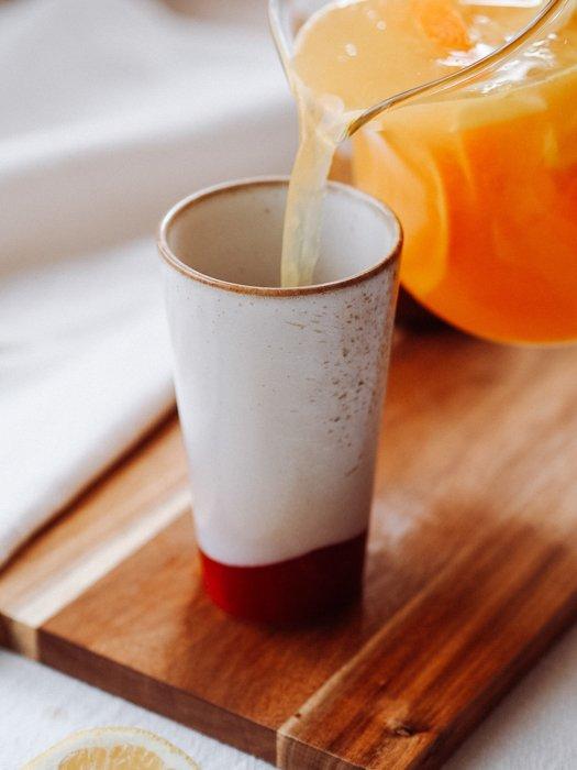 Latte Keramikbecher 70's HKLIVING Alles Interior Boho Scandi Look anitimadeforyou Concept Store Langenfeld Trockenblumen, Trockenblumen Kränze, Workshops, Schmuck