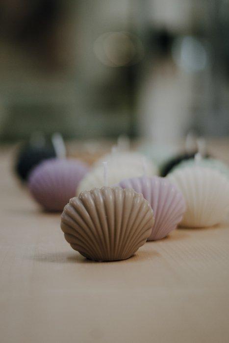 Kerze Muschel – Rapswachs – handgefertigt Interior Interior Boho Scandi Look anitimadeforyou Concept Store Langenfeld Trockenblumen, Trockenblumen Kränze, Workshops, Schmuck