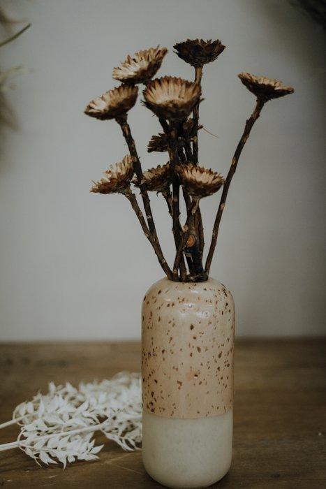 Vase 2 Tone HKLIVING Alles Interior Boho Scandi Look anitimadeforyou Concept Store Langenfeld Trockenblumen, Trockenblumen Kränze, Workshops, Schmuck