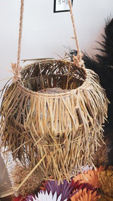 Windlicht zum aufhängen Alles Interior Boho Scandi Look anitimadeforyou Concept Store Langenfeld Trockenblumen, Trockenblumen Kränze, Workshops, Schmuck