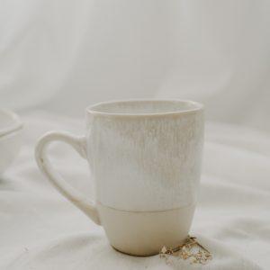 Tasse Weiß handgemacht Geschirr - und Küchen Accessoires Interior Boho Scandi Look anitimadeforyou Concept Store Langenfeld Trockenblumen, Trockenblumen Kränze, Workshops, Schmuck