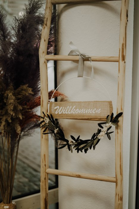 Trockenblumenkranz personalisiert – Olive Weiß Mix 30cm Trockenblumenkränze und Ringe Interior Boho Scandi Look anitimadeforyou Concept Store Langenfeld Trockenblumen, Trockenblumen Kränze, Workshops, Schmuck