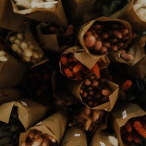getrockneter Lagurus, verschiedene Farben Alles Interior Boho Scandi Look anitimadeforyou Concept Store Langenfeld Trockenblumen, Trockenblumen Kränze, Workshops, Schmuck