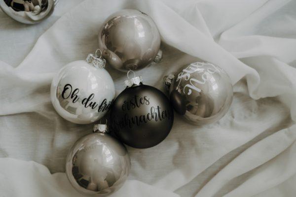 Personalisierte Weihnachtskugeln