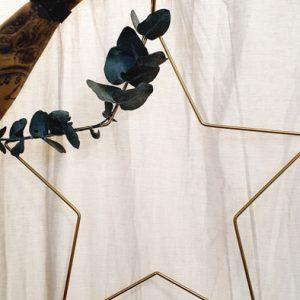 Metallstern dekoriert gold Alles Interior Boho Scandi Look anitimadeforyou Concept Store Langenfeld Trockenblumen, Trockenblumen Kränze, Workshops, Schmuck